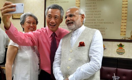 Modi_Singapore_selfie